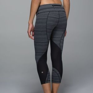 Lululemon Run: Inspire Crop II